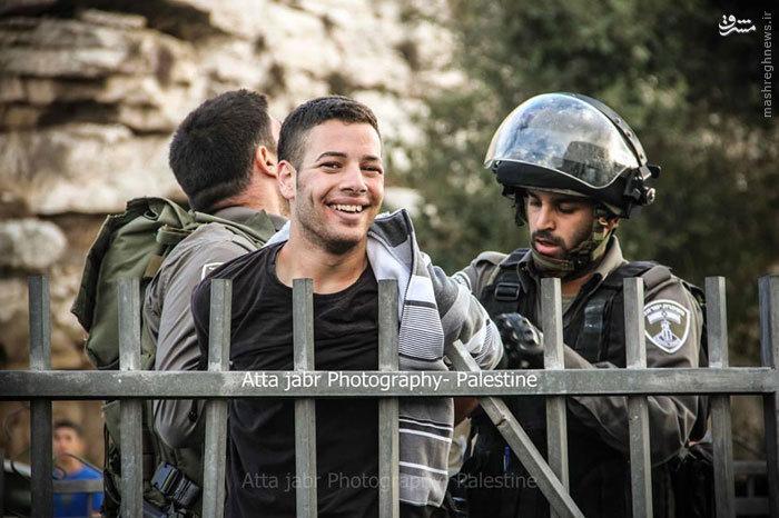 لبخند فلسطینی4.jpeg (700×466)