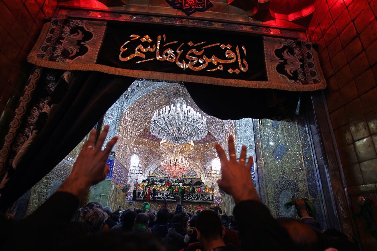 ورودی حر م حضرت عباس ع از باب القبله.jpg (1280×853)